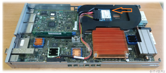 Internal SATA SSD in HPE 3PAR 7200 Node